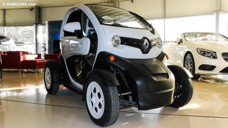 Renault Twizy For Sale: Renault Twizy For Sale: AED 39,000. White, 2015