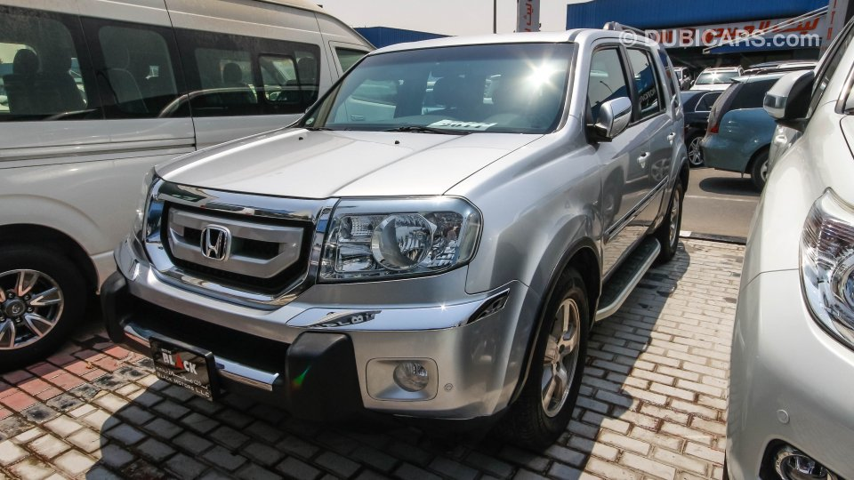 Honda pilot for sale aed 59 500 grey silver 2011 for Used honda suv for sale near me