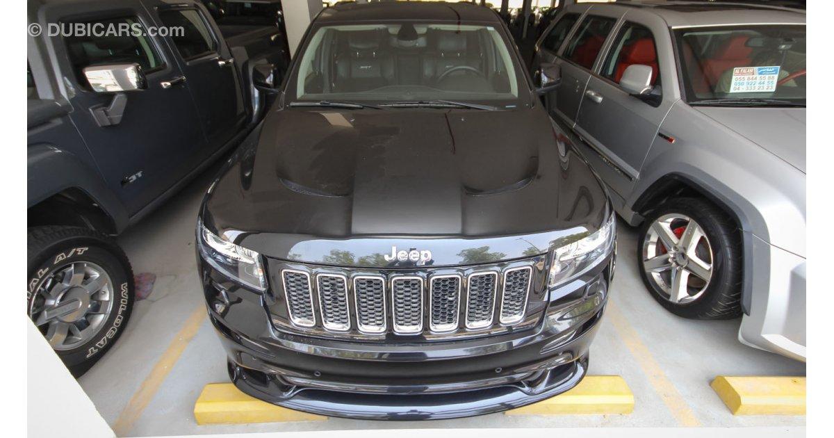 jeep grand cherokee srt8 for sale aed 129 000 black 2012. Black Bedroom Furniture Sets. Home Design Ideas