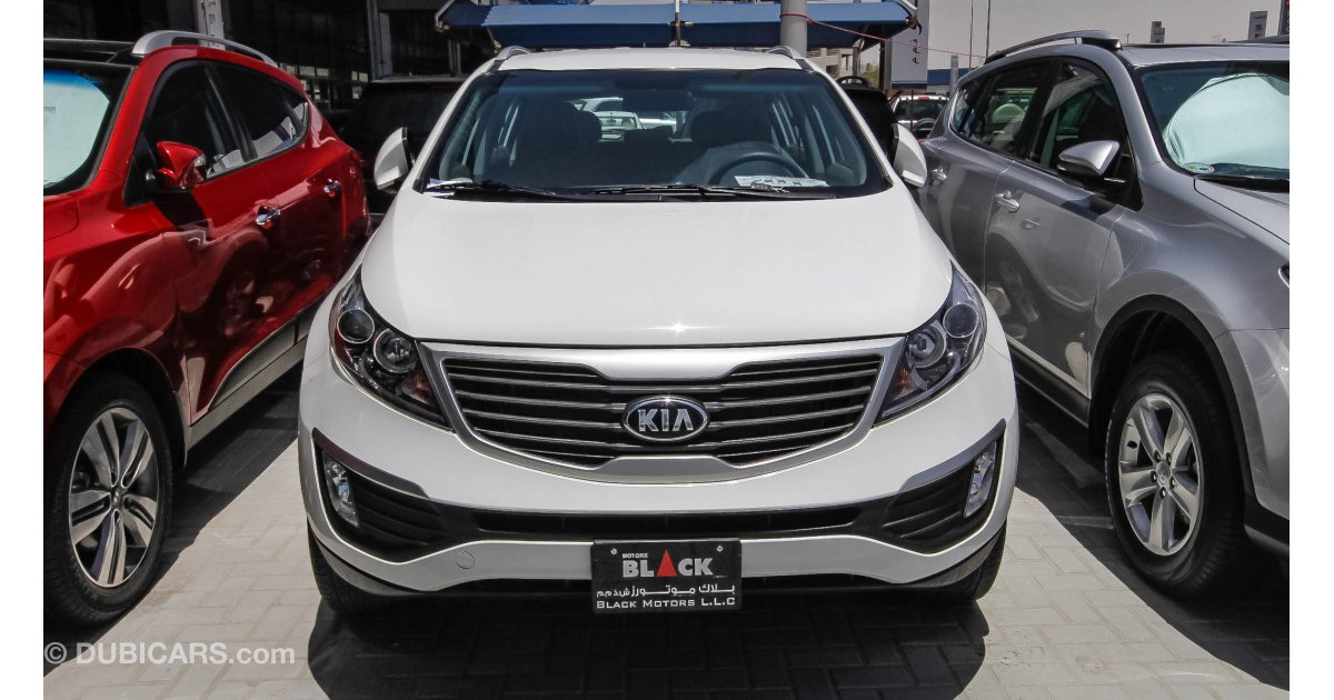 kia sportage awd for sale aed 49 500 white 2013. Black Bedroom Furniture Sets. Home Design Ideas
