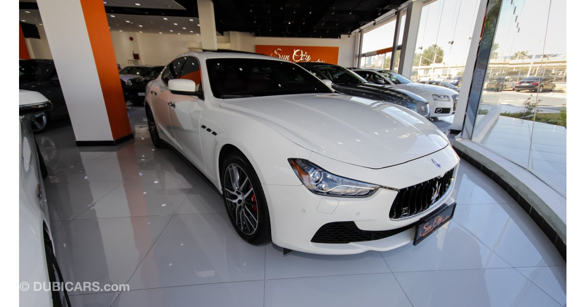 maserati ghibli warranty and service for sale aed 209 000 white 2014. Black Bedroom Furniture Sets. Home Design Ideas