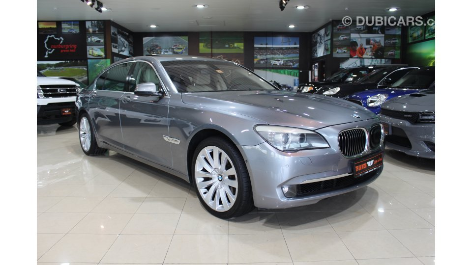 bmw 740 li for sale aed 64 000 grey silver 2012. Black Bedroom Furniture Sets. Home Design Ideas