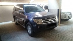 Mitsubishi Pajero very clean lady driven