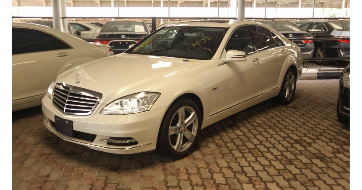 Mercedes benz s 400 hybrid for sale aed 82 000 white 2011 for Mercedes benz 400 for sale