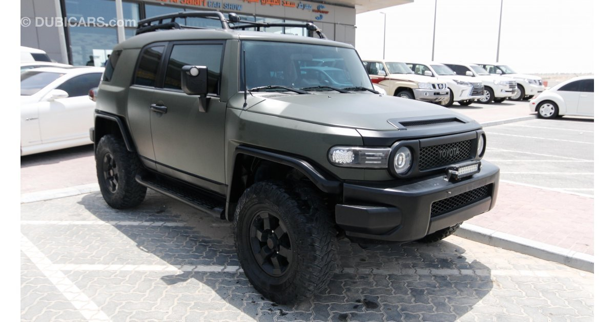 toyota fj cruiser trd for sale aed 50 000 green 2008. Black Bedroom Furniture Sets. Home Design Ideas