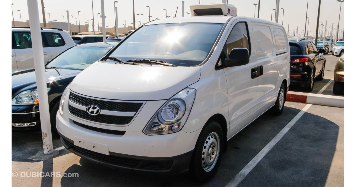 hyundai h 1 reefer van for sale aed 53 000 white 2015. Black Bedroom Furniture Sets. Home Design Ideas