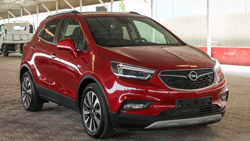 opel mokka x turbo 1 4l for sale aed 56 000 red 2017. Black Bedroom Furniture Sets. Home Design Ideas