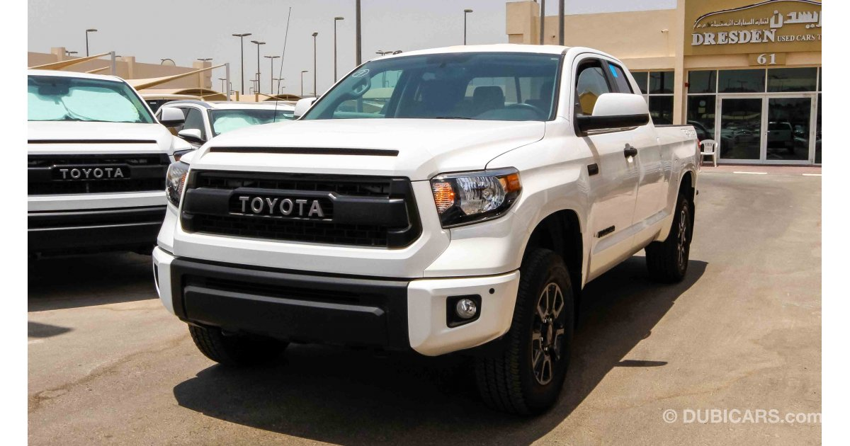 toyota tundra dbl trd pro 5 7 l for sale aed 190 000 white 2017. Black Bedroom Furniture Sets. Home Design Ideas