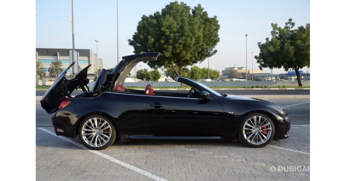 infiniti g37 convertible in excellent condition for sale aed 45 000 black 2011. Black Bedroom Furniture Sets. Home Design Ideas