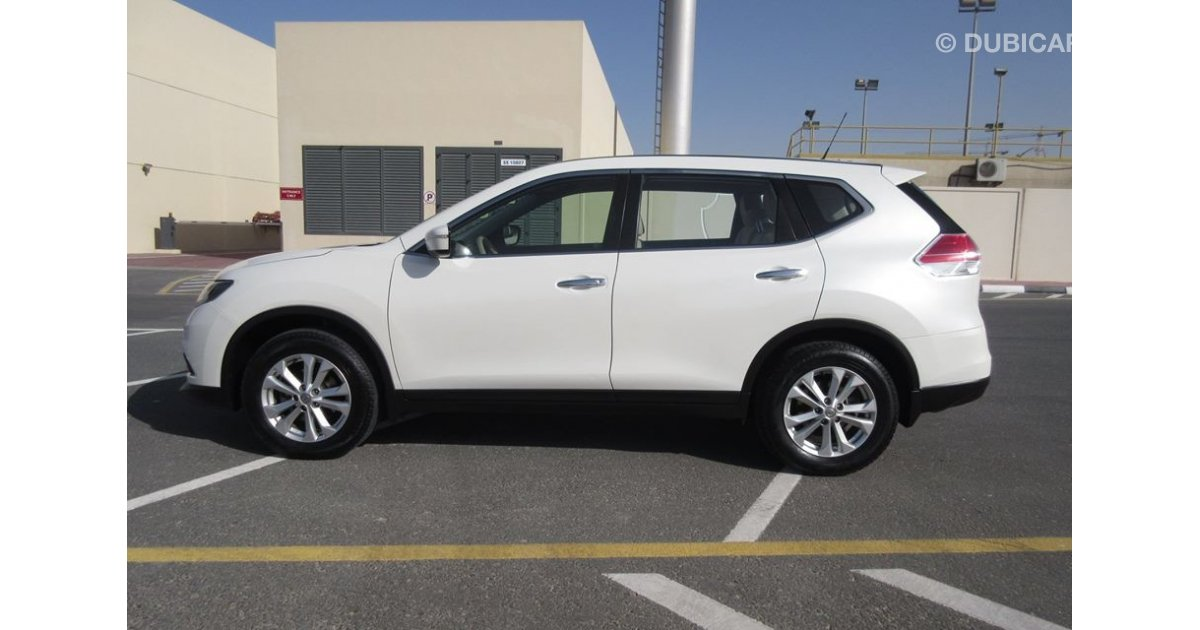 nissan x trail 2015 for sale 100 bank loan 0 down payment for sale aed 54 000 white 2015. Black Bedroom Furniture Sets. Home Design Ideas