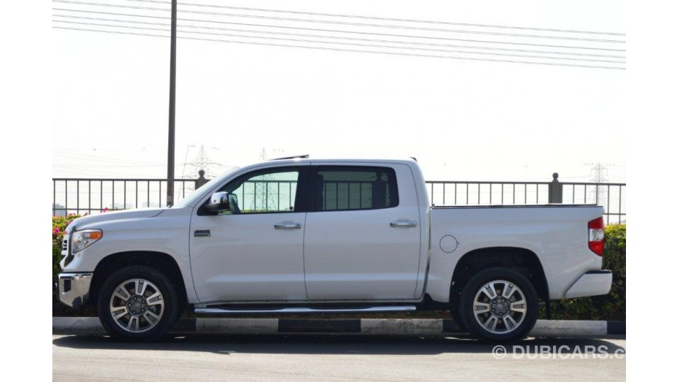 toyota tundra crewmax 1794 edition 5 7l auto for sale aed 200 000 white 2017. Black Bedroom Furniture Sets. Home Design Ideas