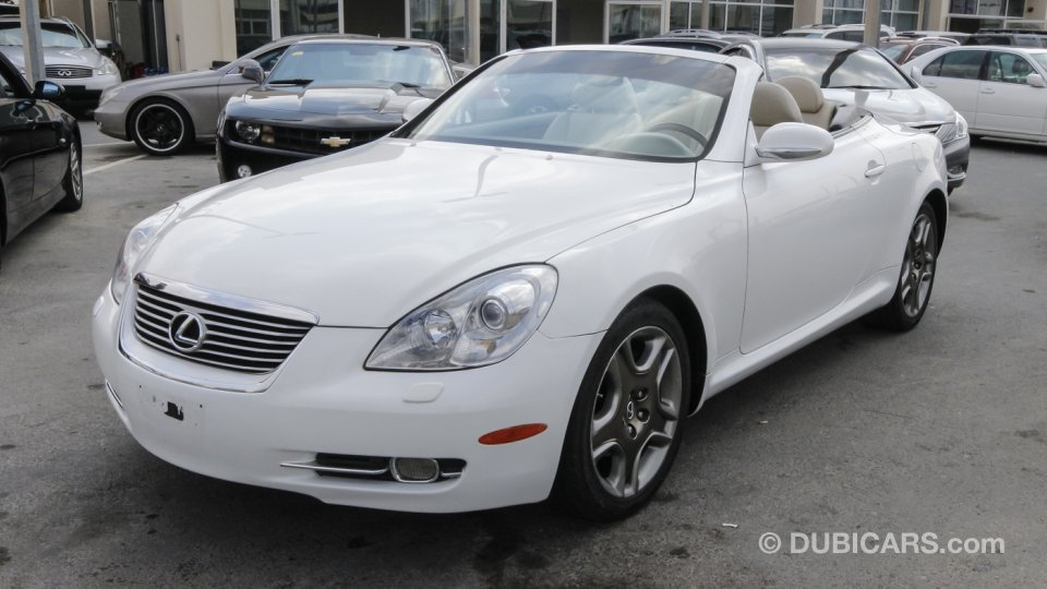 lexus sc 430 for sale aed 49 500 white 2005. Black Bedroom Furniture Sets. Home Design Ideas