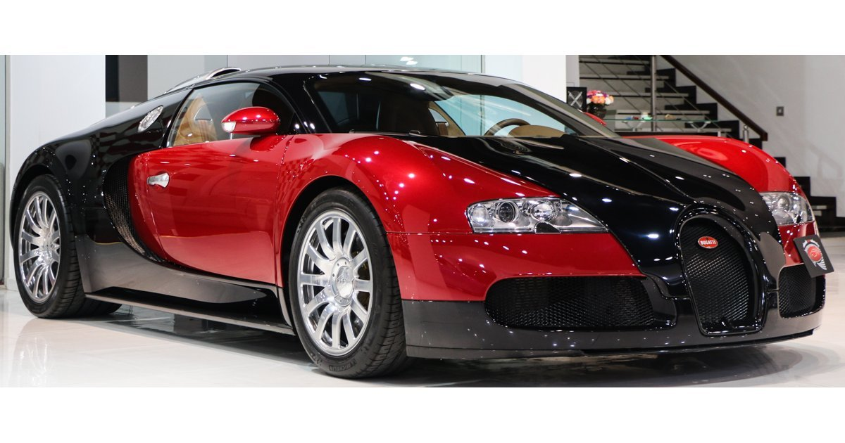 bugatti veyron for sale aed 4 750 000 black 2009. Black Bedroom Furniture Sets. Home Design Ideas