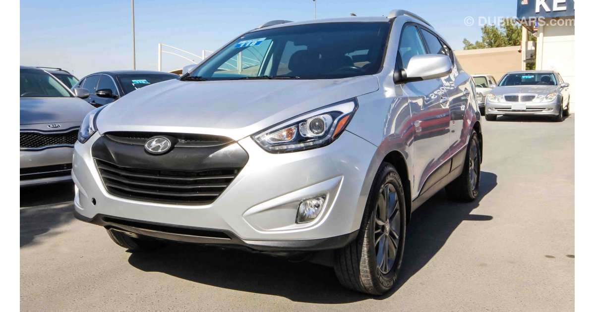 hyundai tucson awd for sale aed 45 000 grey silver 2014. Black Bedroom Furniture Sets. Home Design Ideas