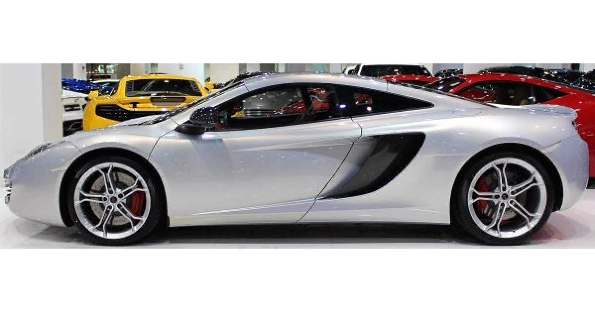 mclaren mp4 12c for sale aed 449 000 grey silver 2012. Black Bedroom Furniture Sets. Home Design Ideas