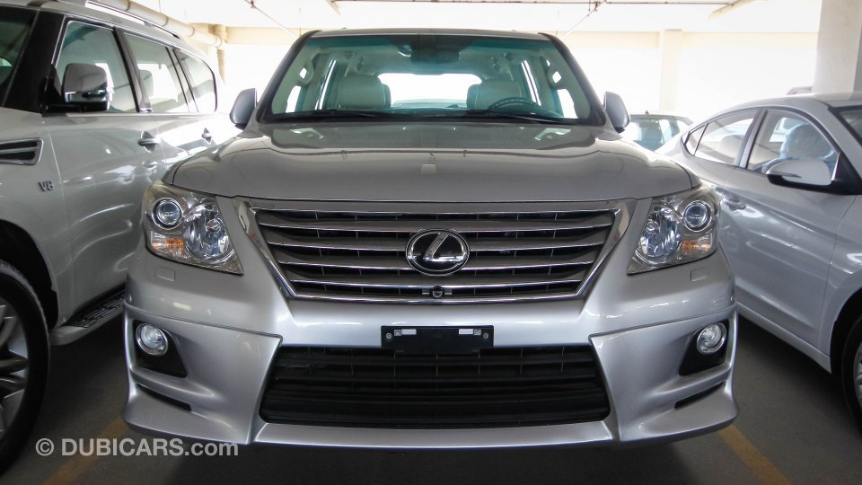 lexus lx 570 for sale aed 199 000 grey silver 2010. Black Bedroom Furniture Sets. Home Design Ideas