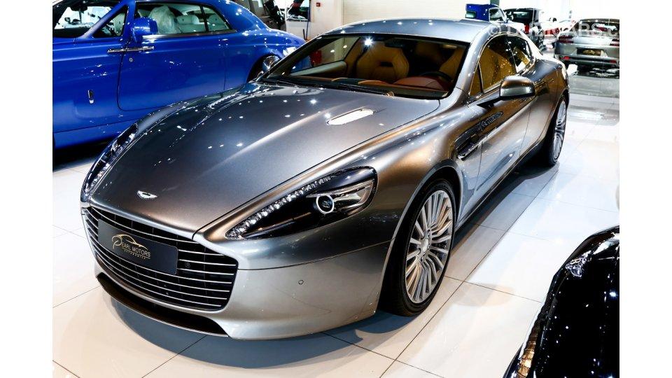 martin aston luxury sedan rapide