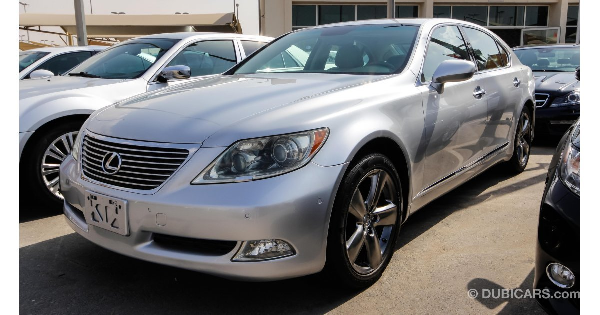 lexus ls 460 l for sale aed 54 000 grey silver 2007. Black Bedroom Furniture Sets. Home Design Ideas