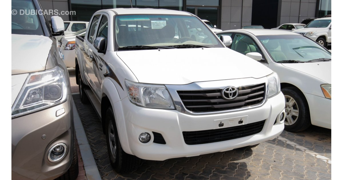 Toyota Hilux Glx For Sale Aed 65 000 White 2015
