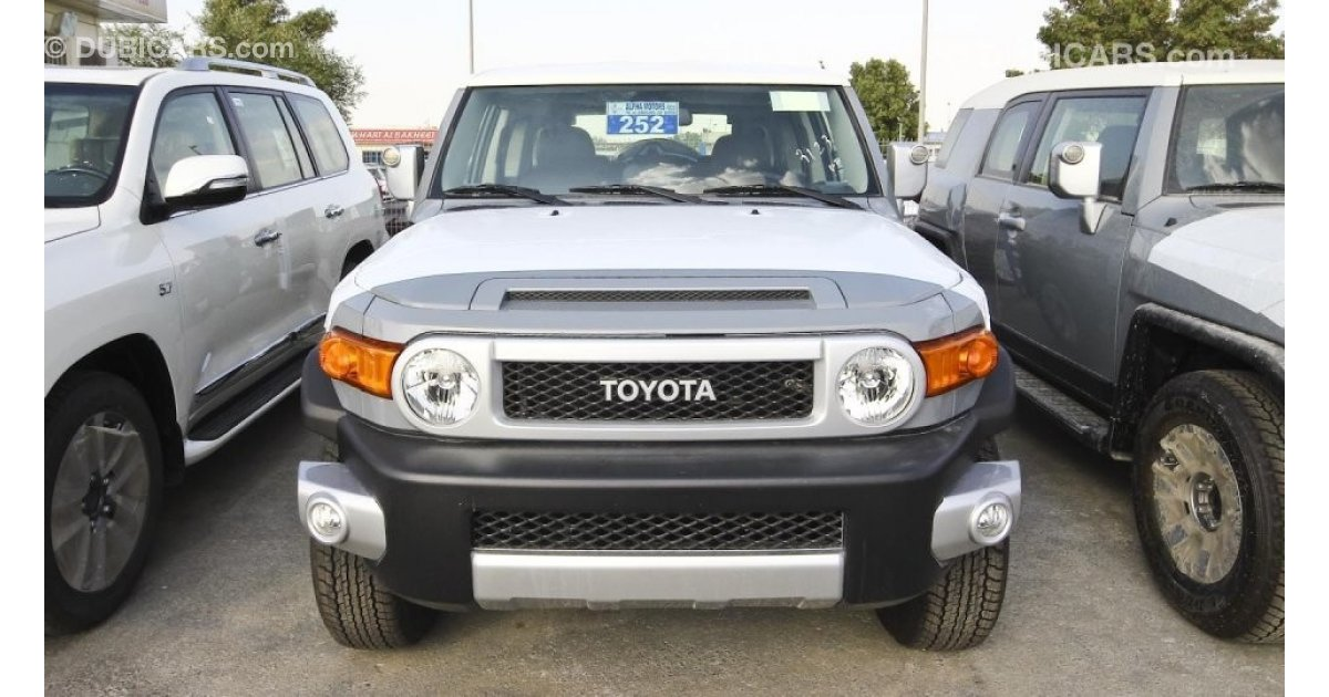 toyota fj cruiser 2018 full options for sale aed 118 000. Black Bedroom Furniture Sets. Home Design Ideas