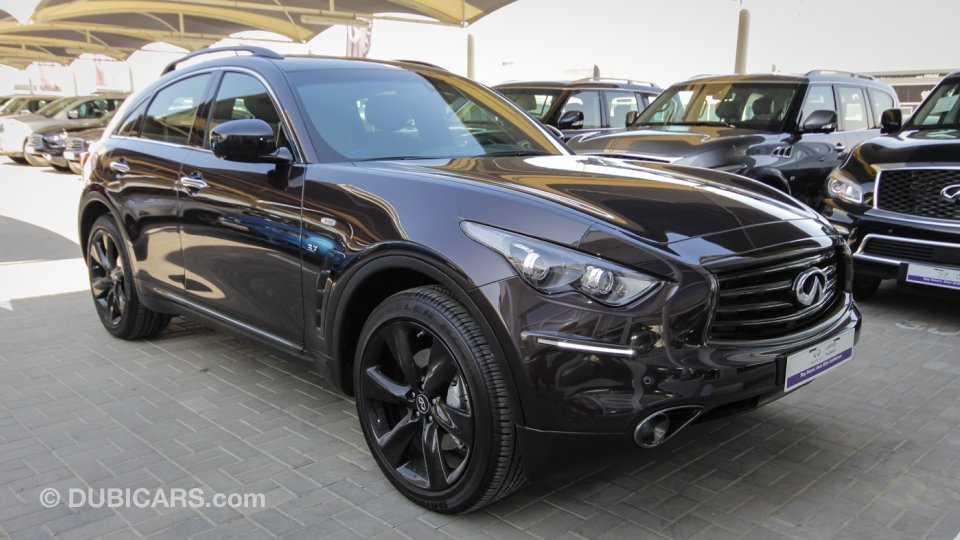 Black Qx70 >> Infiniti QX70 S 3.7 for sale: AED 176,900. Brown, 2016