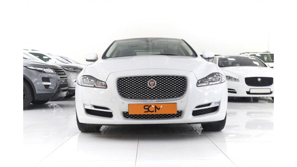 jaguar xj luxury 3 0l v6 s  c 2016   elegant features    mint condition