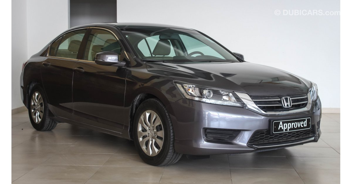 Honda accord for sale aed 61 900 grey silver 2014 for Honda accord 2014 for sale