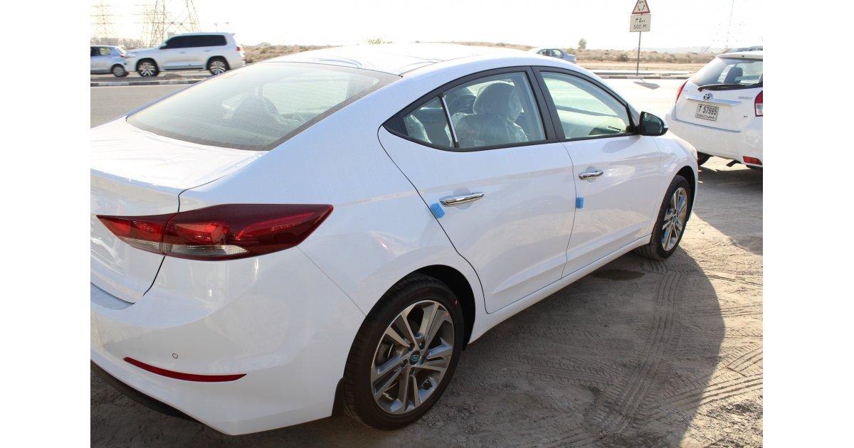 Hyundai Elantra for sale: AED 53,000. White, 2018