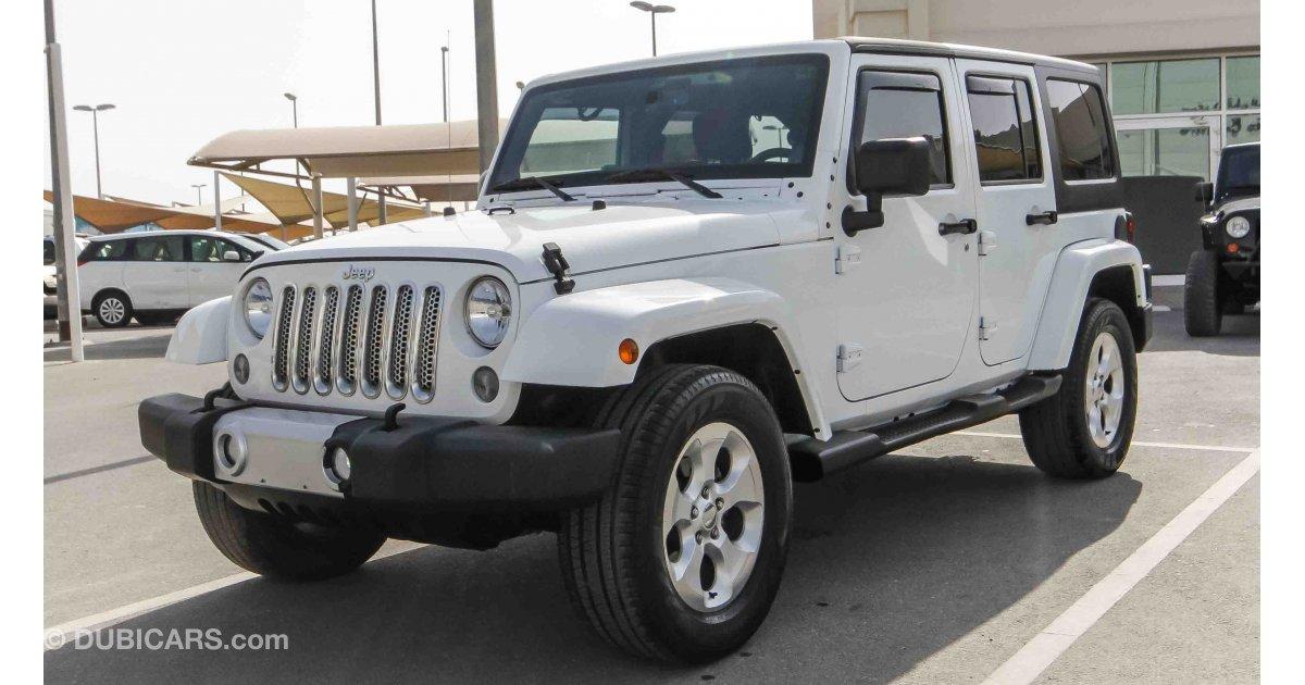 jeep wrangler sahara for sale aed 70 000 white 2014. Black Bedroom Furniture Sets. Home Design Ideas