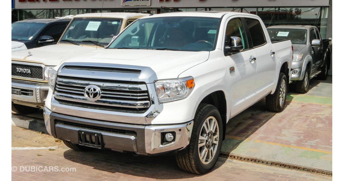 Toyota tundra for sale aed 195 000 white 2017 for Toyota tundra motor for sale