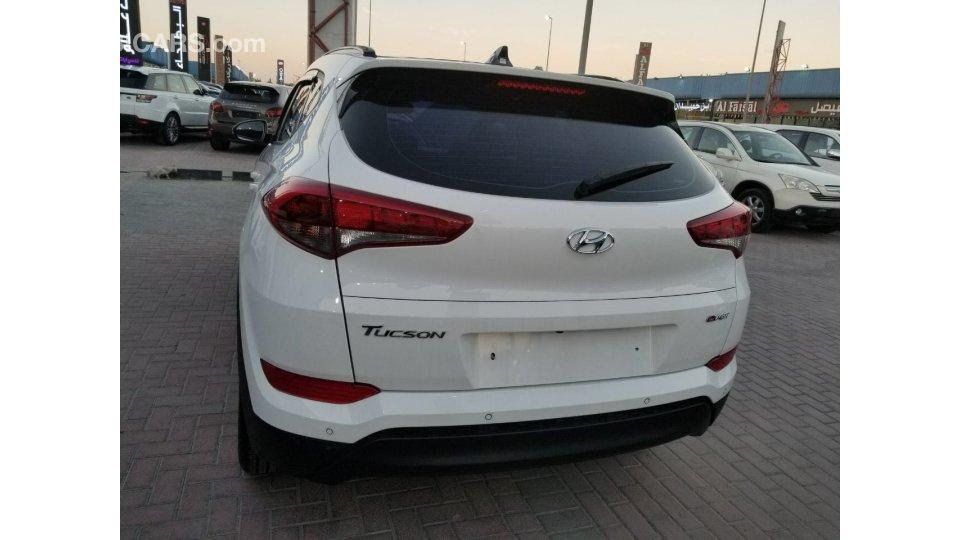 Hyundai Tucson Disel For Sale Aed 73 000 White 2016