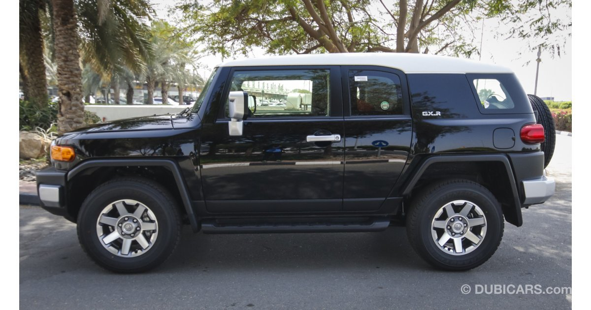 toyota fj cruiser gxr for sale aed 126 000 black 2016. Black Bedroom Furniture Sets. Home Design Ideas