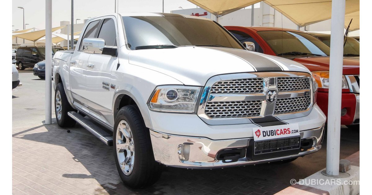 dodge ram 1500 hemi 5 7 l for sale aed 95 000 white 2014. Black Bedroom Furniture Sets. Home Design Ideas