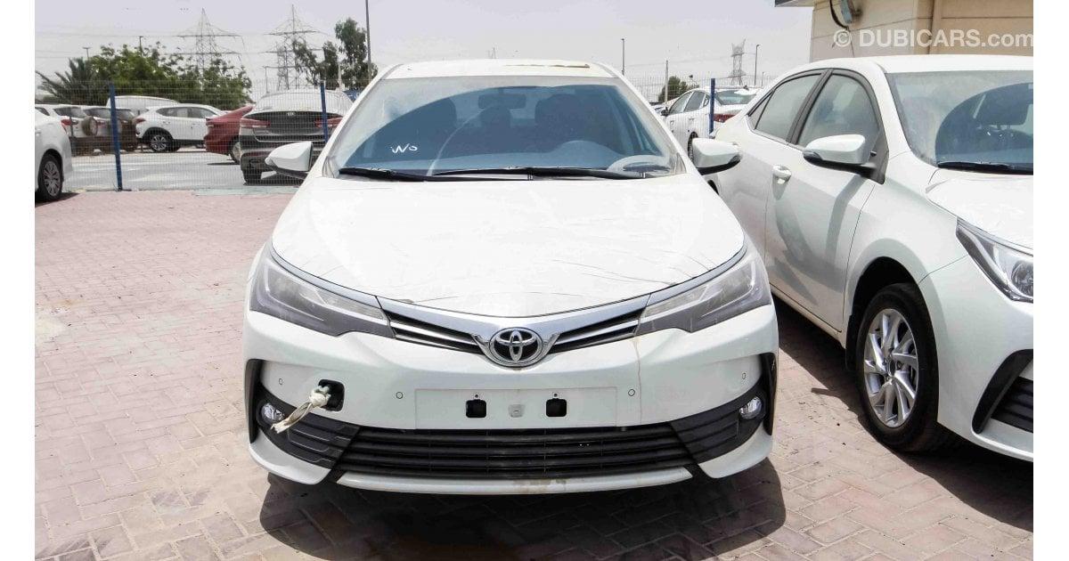 Toyota Corolla for sale: AED 64,000. White, 2017