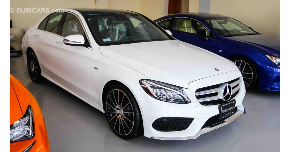 Mercedes benz c 300 for sale aed 140 000 white 2016 for Mercedes benz c 300 for sale