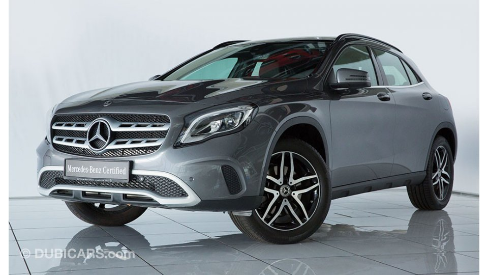 Mercedes Benz Gla 250 4m Style For Sale Aed 150 000 Grey