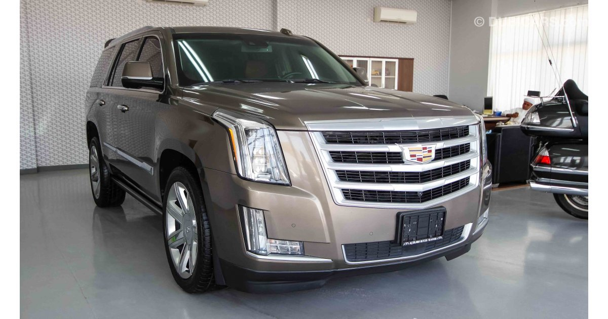 cadillac escalade for sale aed 185 000 brown 2015. Black Bedroom Furniture Sets. Home Design Ideas