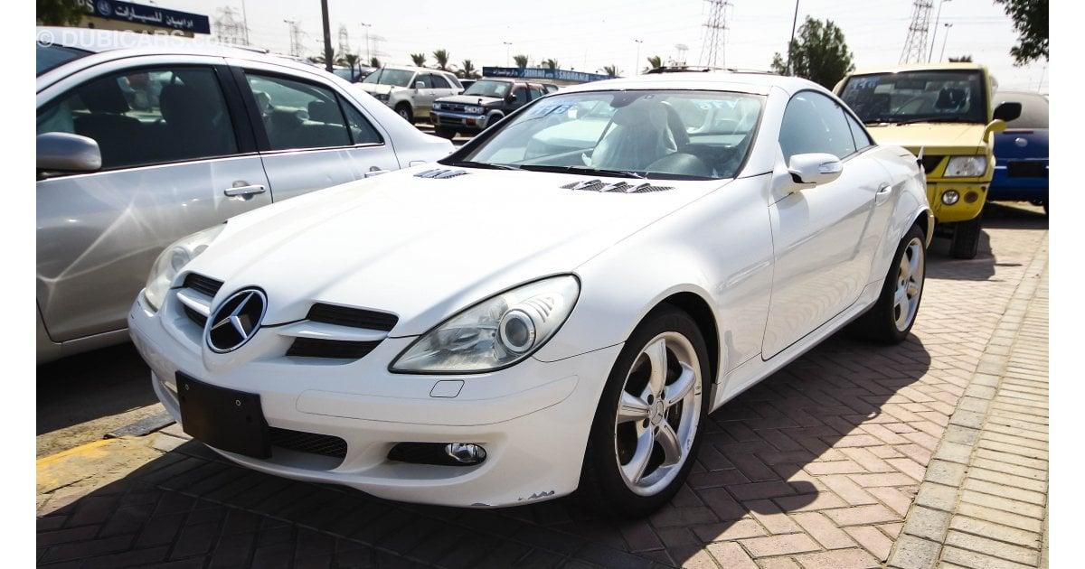 Mercedes benz slk 350 for sale aed 38 000 white 2005 for Mercedes benz 350 slk for sale