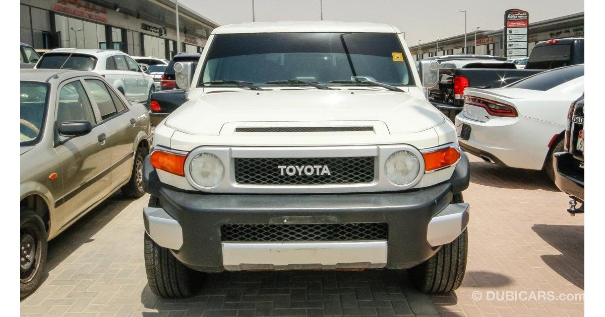 Toyota Fj Cruiser For Sale Aed 53 000 White 2010