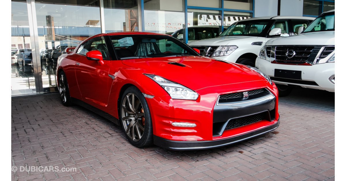 nissan gt r for sale aed 395 000 red 2016. Black Bedroom Furniture Sets. Home Design Ideas