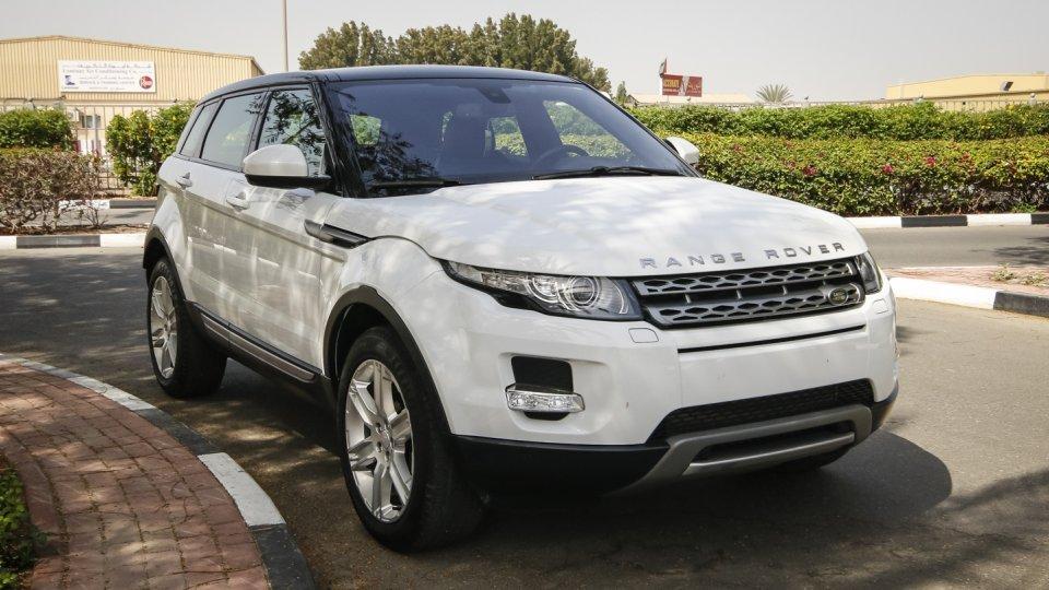 land rover range rover evoque for sale aed 142 000 white 2015. Black Bedroom Furniture Sets. Home Design Ideas