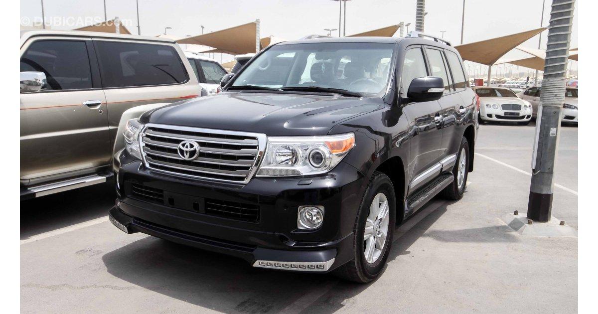 Toyota Land Cruiser Pictures See Interior Exterior Toyota