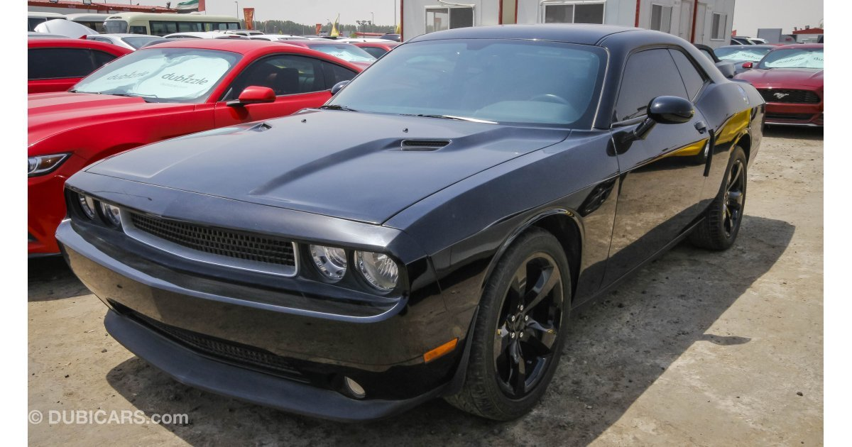 dodge challenger for sale aed 62 000 black 2014. Black Bedroom Furniture Sets. Home Design Ideas
