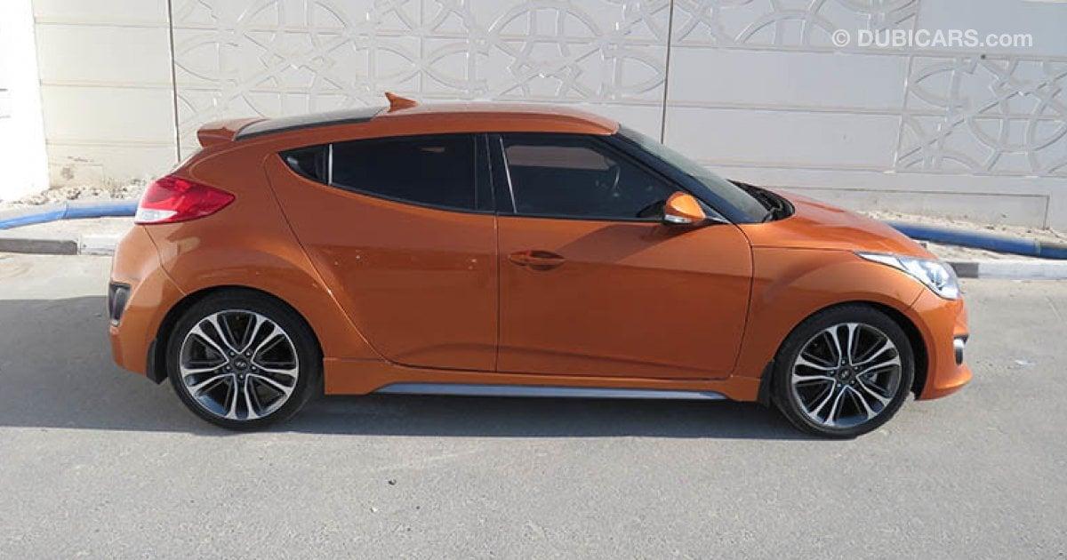 hyundai veloster turbo for sale aed 55 000 orange 2016. Black Bedroom Furniture Sets. Home Design Ideas