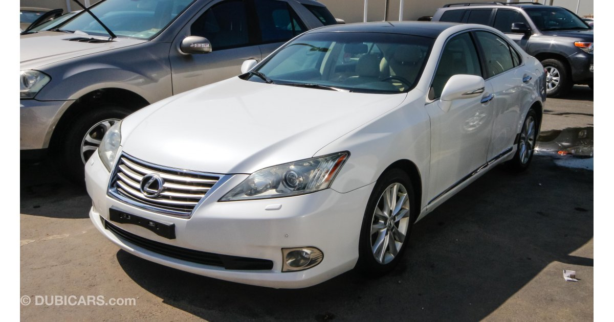 lexus es 350 for sale aed 48 000 white 2011. Black Bedroom Furniture Sets. Home Design Ideas