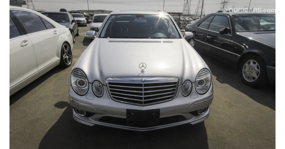Mercedes benz e 350 for sale aed 58 000 grey silver 2008 for 2008 mercedes benz e350 for sale