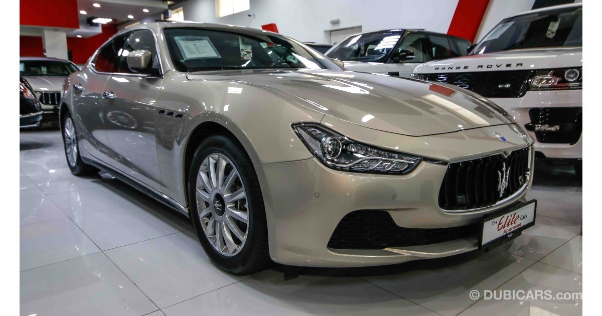 maserati ghibli for sale aed 159 000 gold 2015. Black Bedroom Furniture Sets. Home Design Ideas