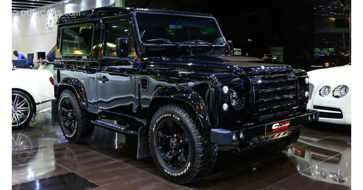 land rover defender urban truck for sale aed 239 000 black 2015. Black Bedroom Furniture Sets. Home Design Ideas