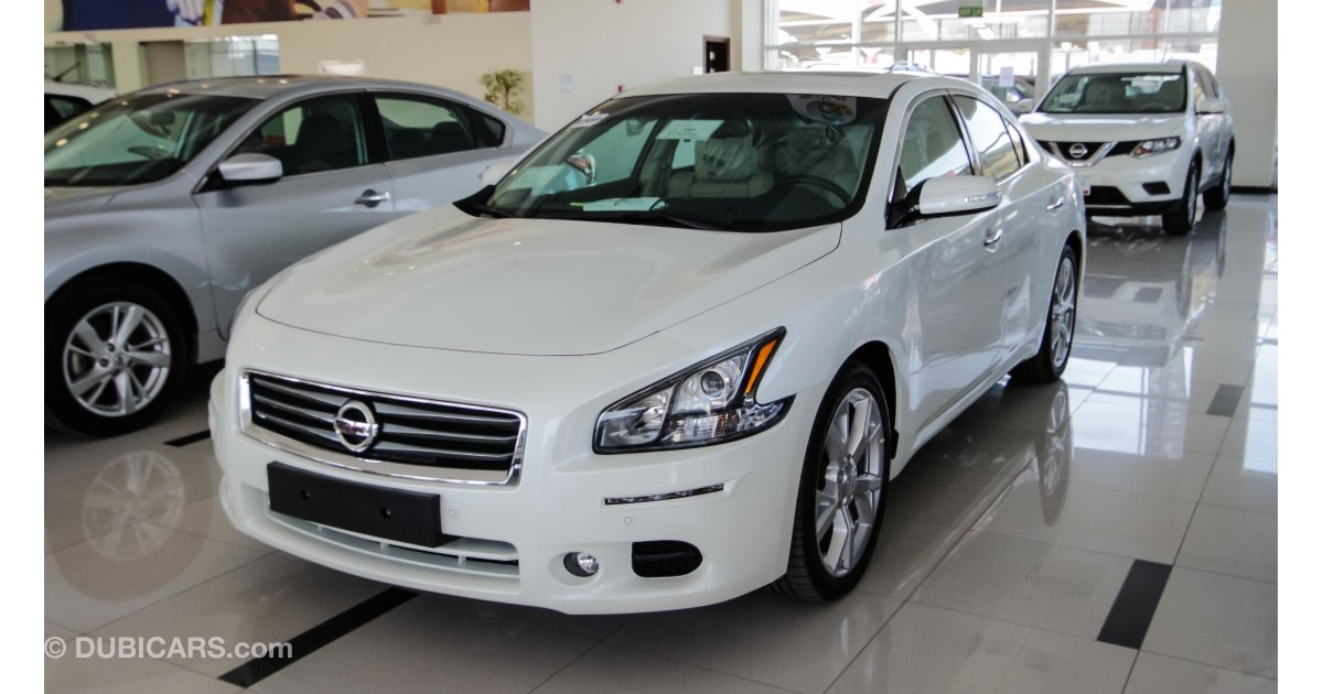 nissan maxima for sale aed 96 900 white 2015. Black Bedroom Furniture Sets. Home Design Ideas