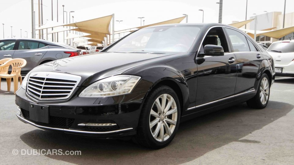 mercedes benz s 550 for sale aed 69 000 black 2011. Black Bedroom Furniture Sets. Home Design Ideas